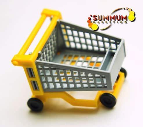 fotografía de carro de la compra con colores amarillo y gris de pvc